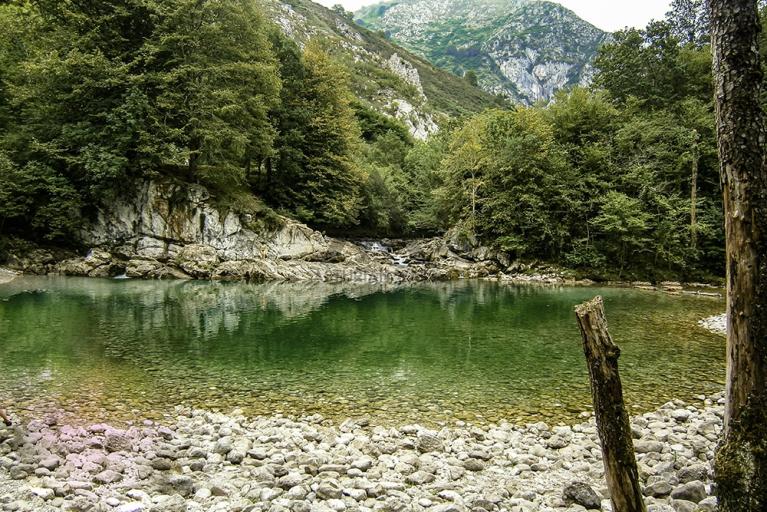 Olla de San Vicente, a dip inside nature