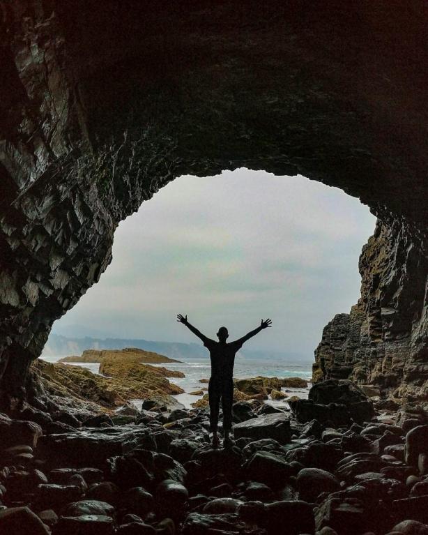 Cueva zona Cabo Vidio
